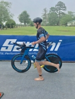 Hinsdale Orthopaedics' Sponsored IRONMAN Team Competes in National Triathlon Club Championships